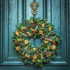 Luxury Christmas Wreath Making Workshop at Fosseway Garden Centre