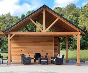 Garden Care Shed with Tables and Chairs